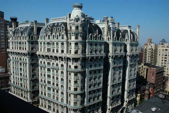 One of my favorites from my time in NYC, the Ansonia, designed by Paul E. Duboy in 1899 [720x497]