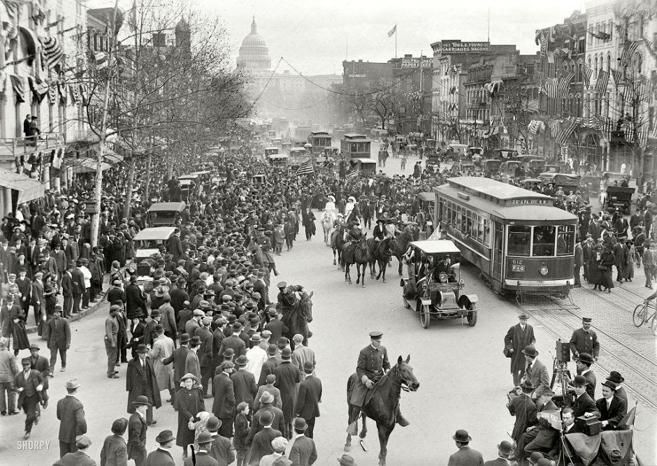 Stunning Pictures of American Cities 100 Years Ago